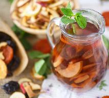 Kompot z suszonych owoców: przepis na aromatyczny wigilijny napój
