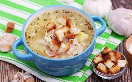 Czeska zupa czosnkowa na rozgrzewkę