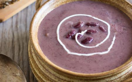 Syta meksykanka - przepis na zupę krem z czerwonej fasoli