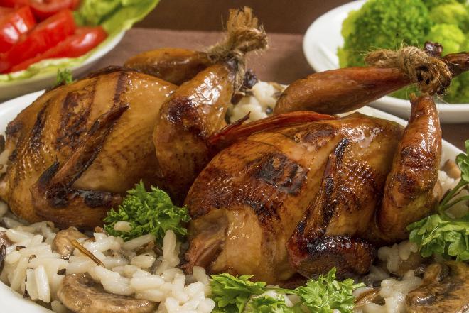 Przepiórki: czy warto jeść mięso z przepiórek? Czy przepiórki są zdrowe?