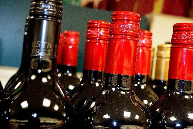 Alkohol na Boże Narodzenie - czy wolno pić alkohol w Wigilię?
