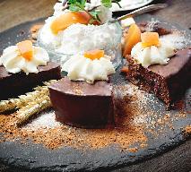 Pijana śliwka - eleganckie i smakowite ciasto z suszonymi śliwkami