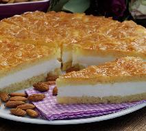 Żądło pszczoły: przepyszne ciasto z miodową glazurą i budyniowym kremem