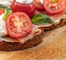Kanapka z mozzarellą i szynką - smaczna i pożywna przekąska