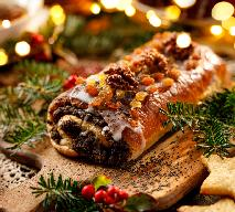 Ciasto krucho-drożdżowe na makowiec: przepis [WIDEO]