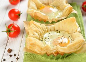 Jajka w cieście francuskim - eleganckie śniadanie do zrobienia w 15 minut!