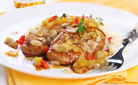 Filety drobiowe w sosie z pitnego miodu i jabłek