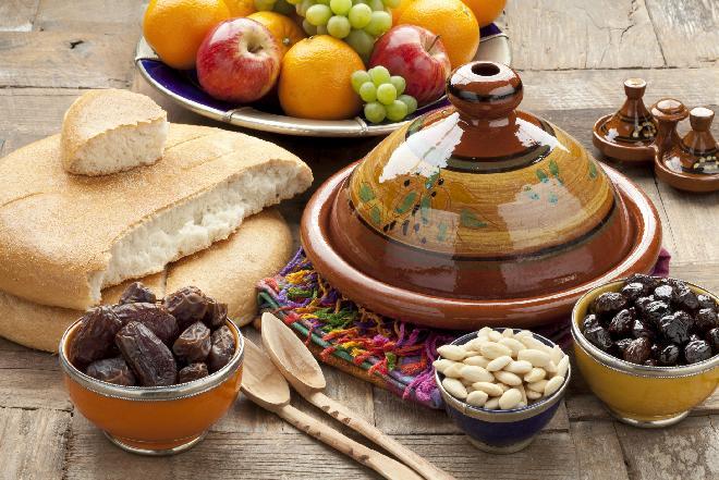 Marokański tadżin z wołowiny: przepis krok po kroku